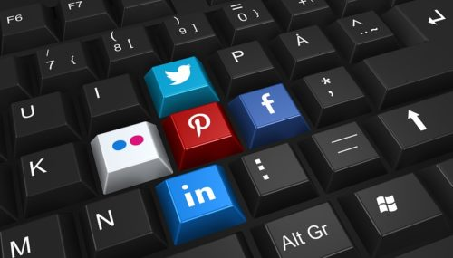 Earn Through Social Media – 3 Easy Ways to Monetise your Traffic