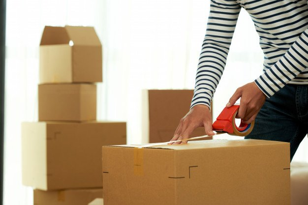 Best Picking and Packing Strategies